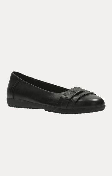 Clarks   Feya Island Black Leather Shoes
