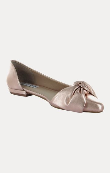 STEVE MADDEN | Rose Gold Pointed Toe Shoes
