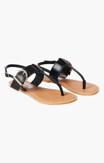 STEVE MADDEN | Black Sandals
