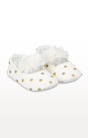 Mothercare | Cream Spot Three-Dimensional Flower Baby Pram Shoes