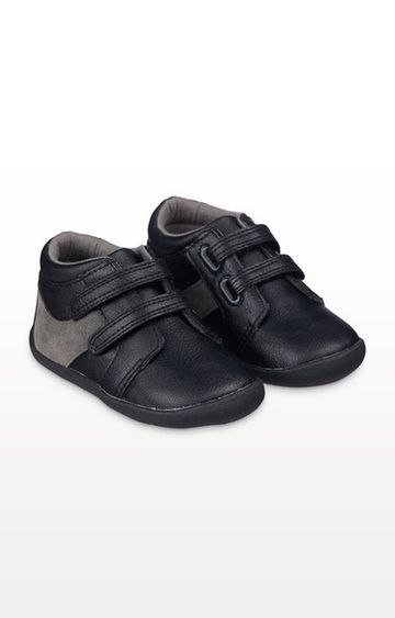 Mothercare | Black Crawler Shoes