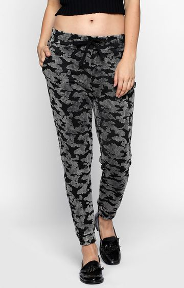 DISRUPT | Black Printed Casual Joggers