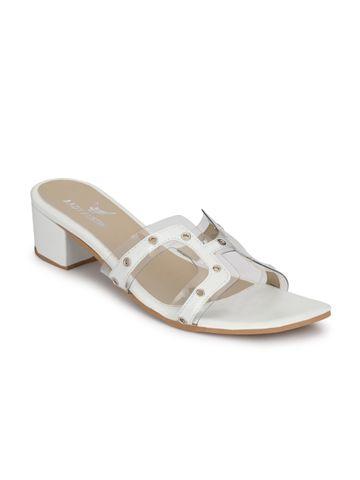 AADY AUSTIN   Aady Austin White Block Heel Sandals