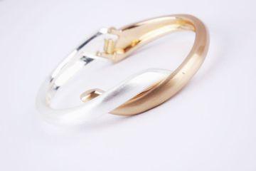 BELLEZIYA | Belleziya Stylish Sleek Wristband Gold Silver Finish For Casual And Formal Wear For Women & Girls