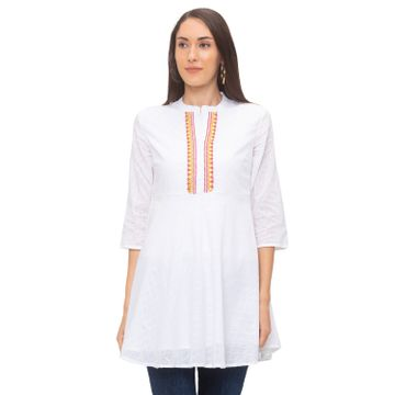 globus | Globus White Self Design Tunic