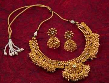 SUKKHI   Sukkhi Brilliant Pearl Gold Plated Choker Necklace Set For Women