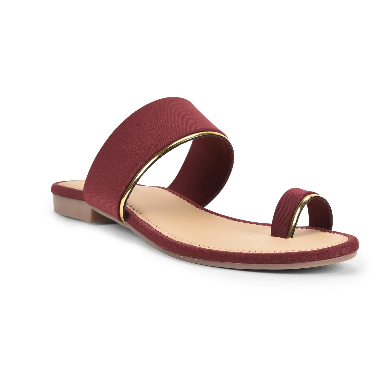 SALARIO | Salario Toe-Ring Flat Sandals