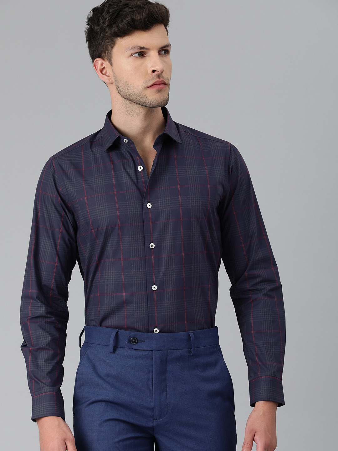 The Bear House   Men Navy Blue & Red Slim Fit Checked Formal Shirt