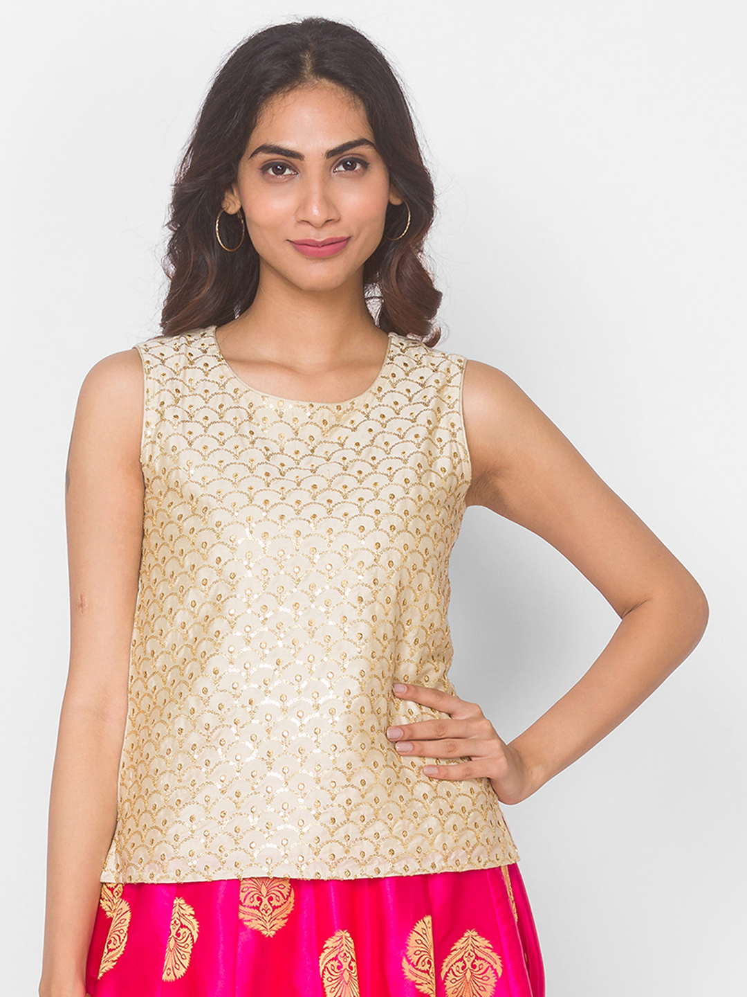 Ethnicity   Gold Blended Sleeveless Occasion Women Crop Top