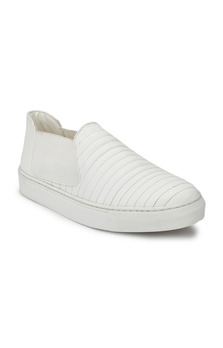 Guava | Guava Quilted Sneakers - White