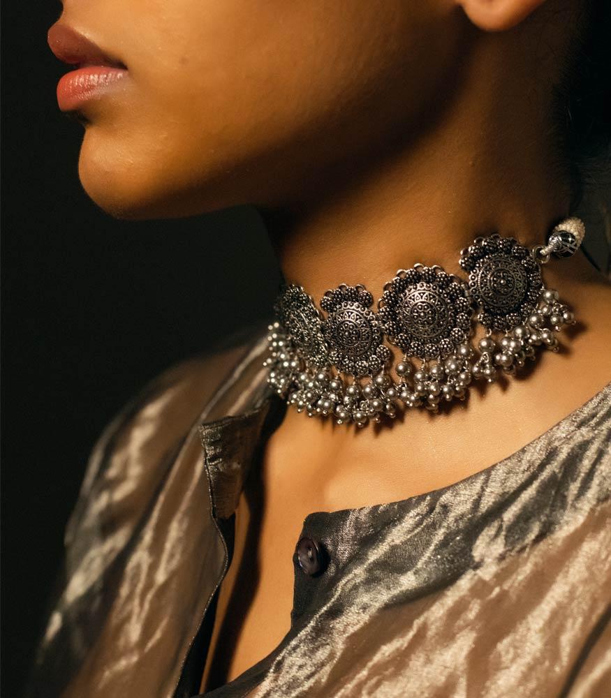 ZARIIN   Native Lust Choker Necklace
