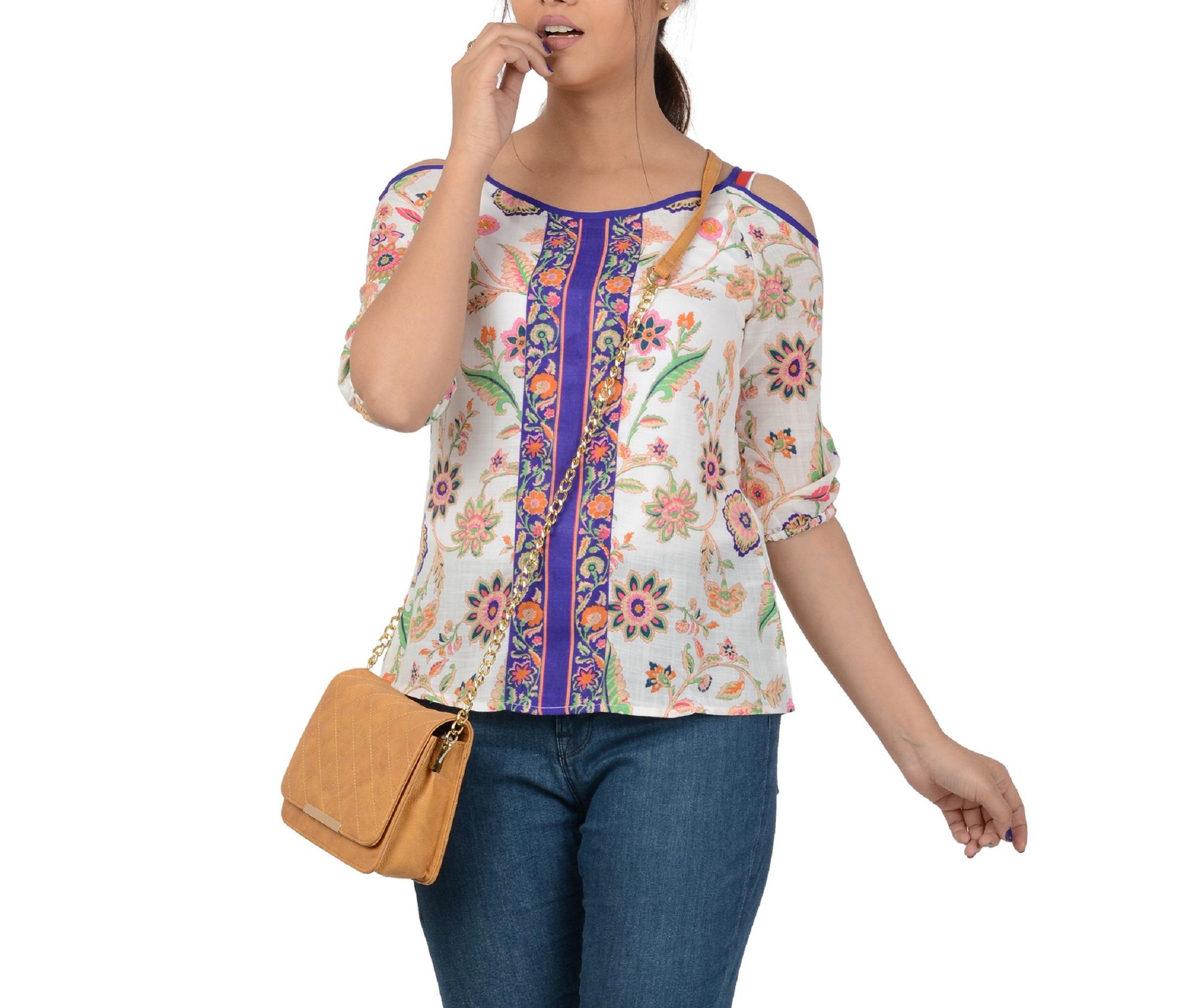 Vivinkaa | Vivinkaa leatherette maroon quilt embroidered camel sling