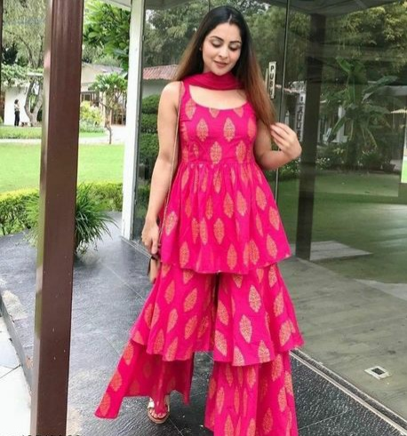 GAYRAA | Gayraa Women's rayon pink kurta with dupatta and sharara