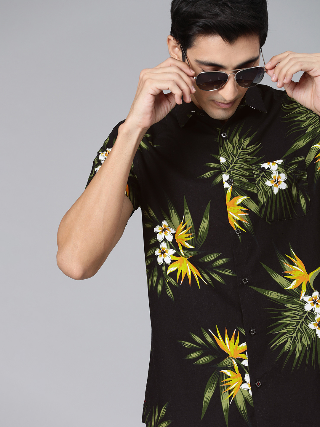 The Bear House | Men's Black Printed Floral Shit