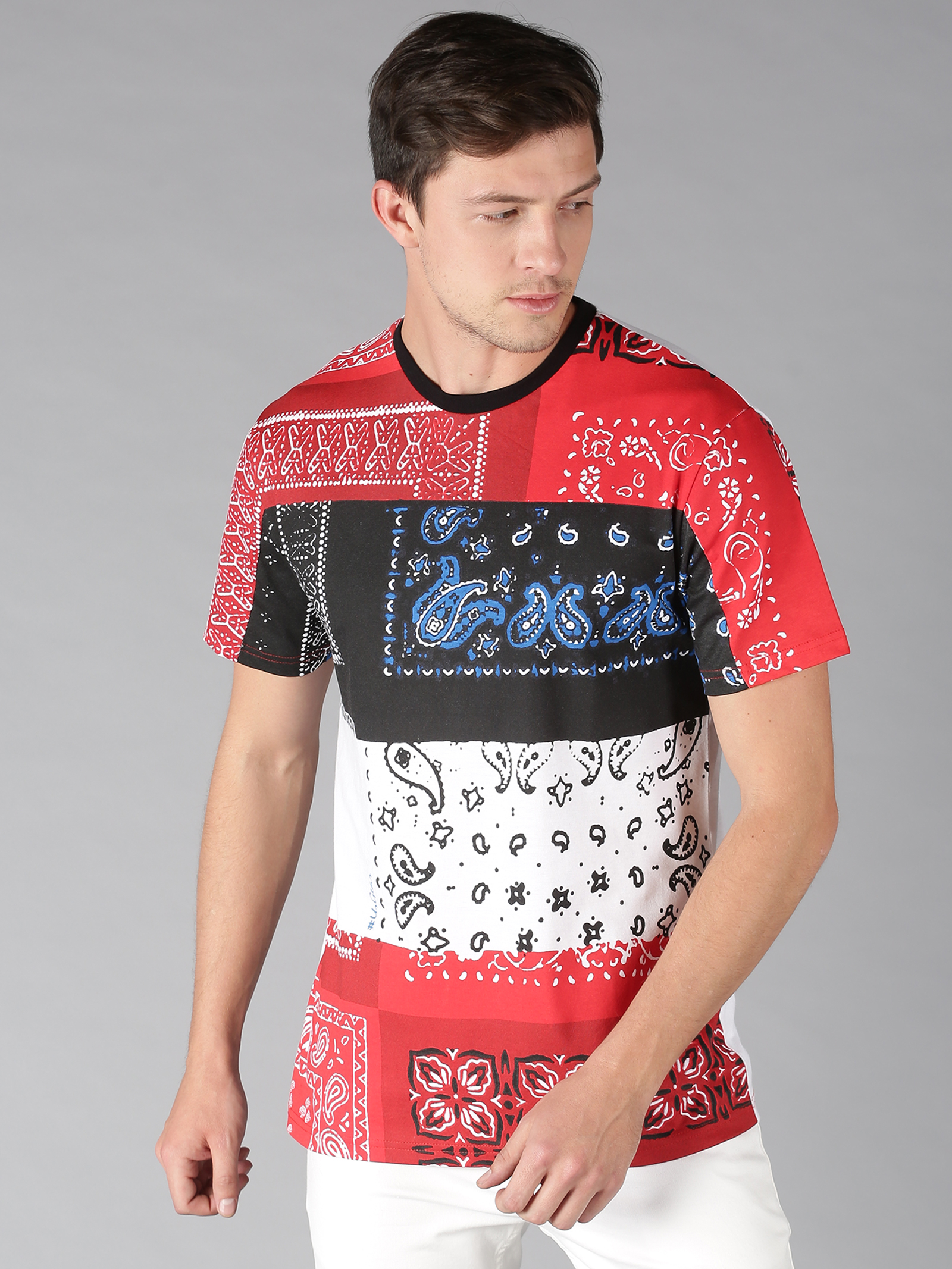 UrGear | UrGear Color Block Men Round Neck Multicolor T-Shirt