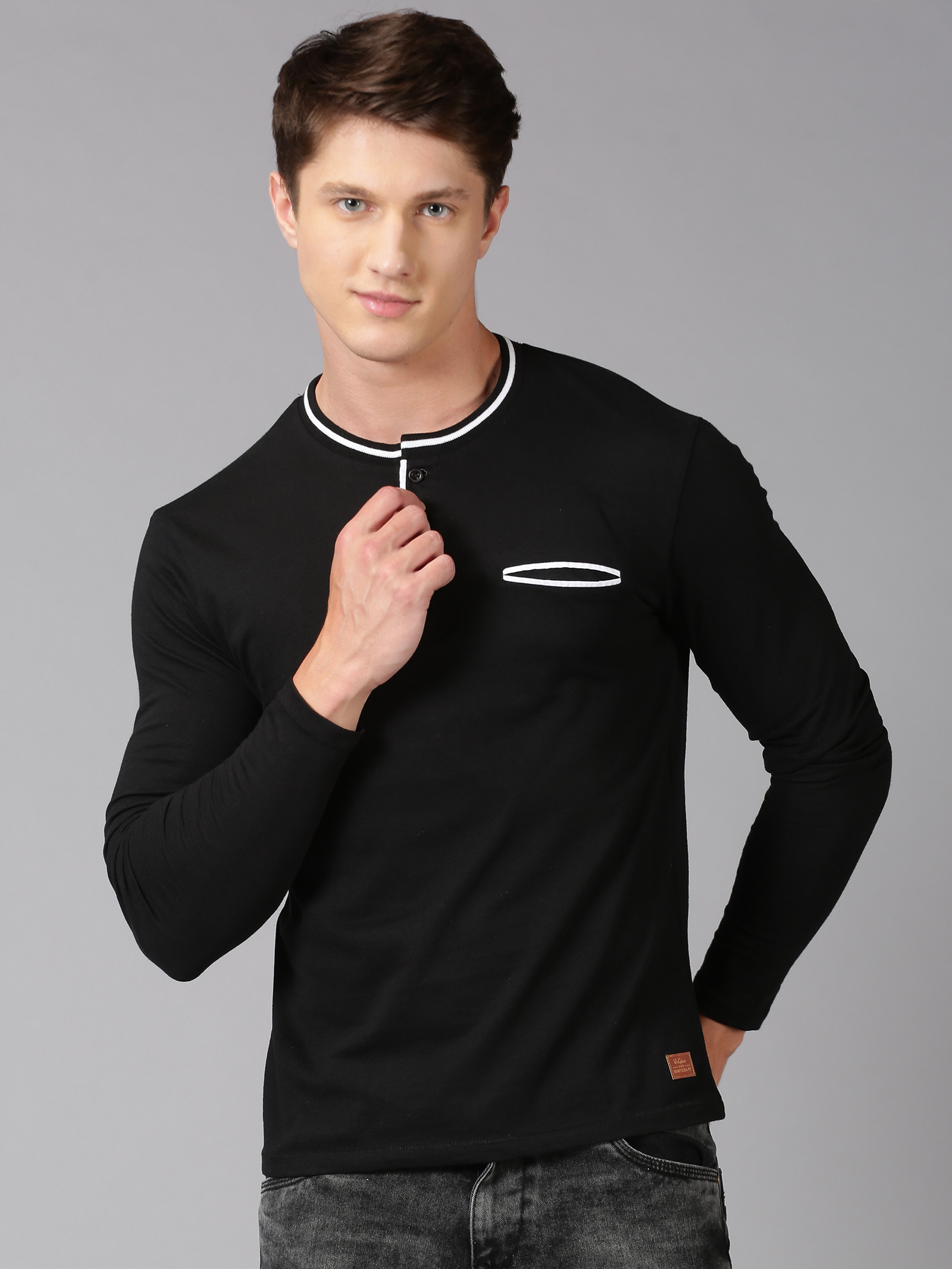 UrGear | UrGear solid  Men Mandarin Collar Black T-Shirt
