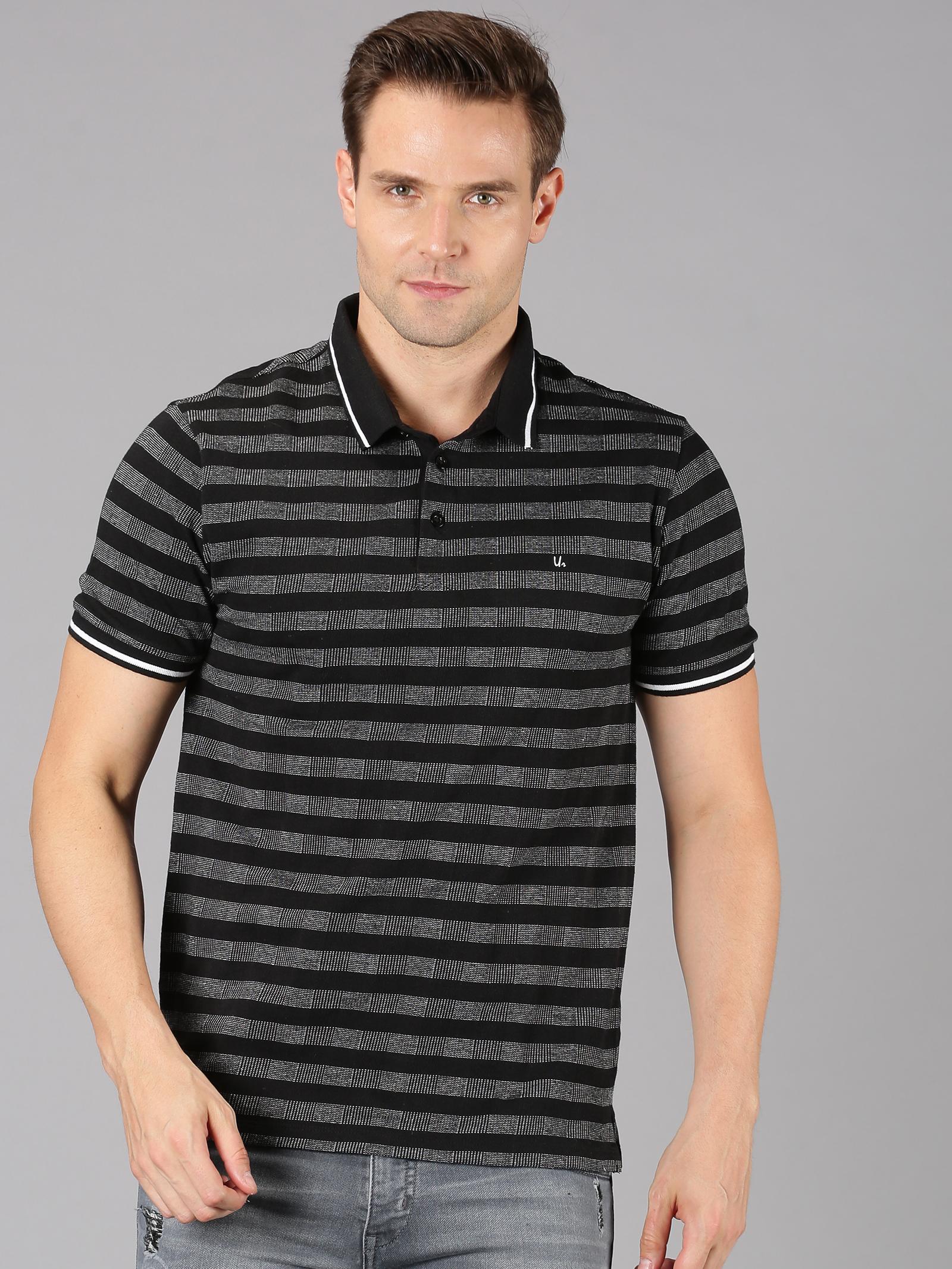 UrGear   UrGear striped  Men Round Neck Black T-Shirt