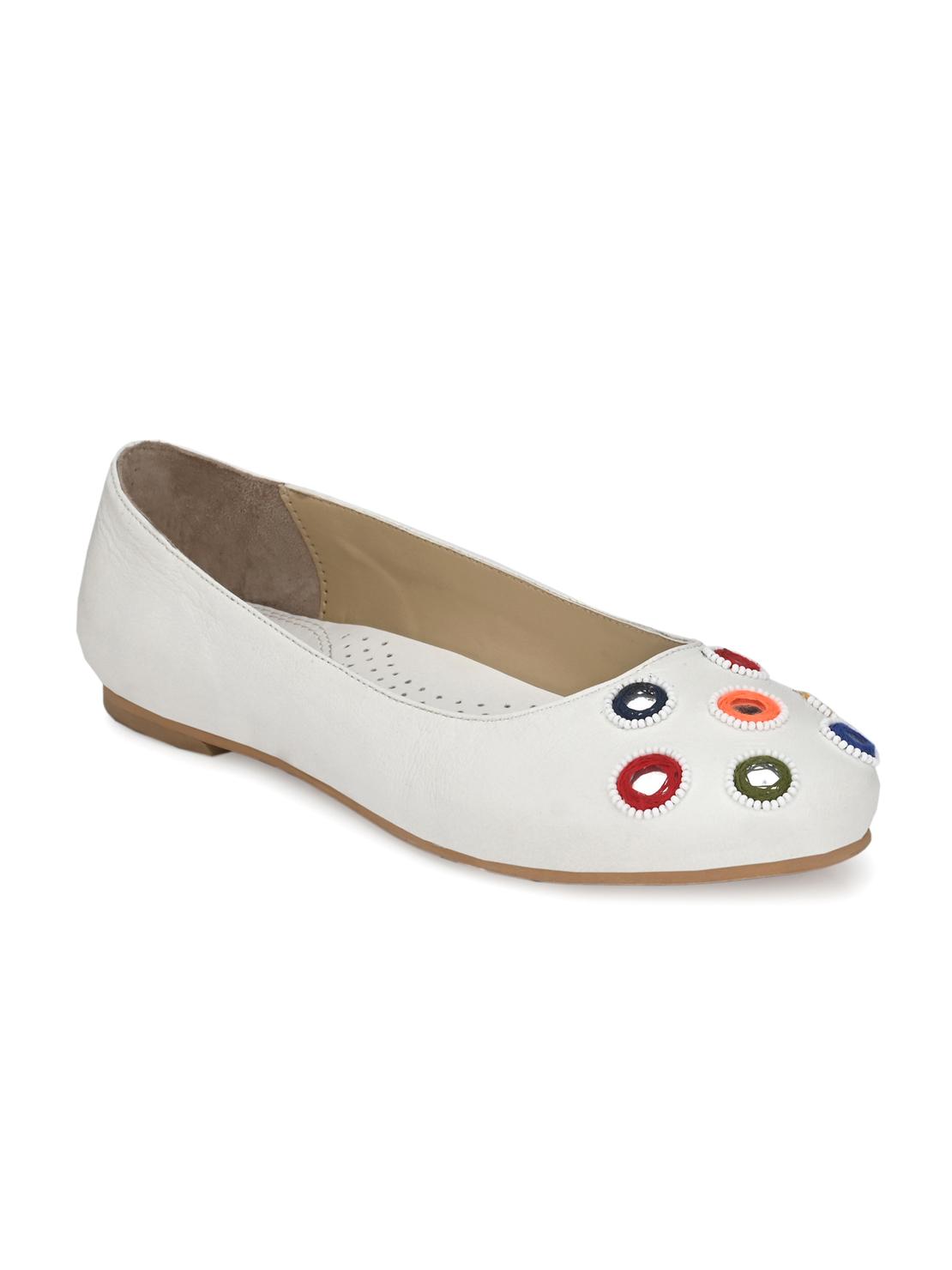 AADY AUSTIN | Aady Austin Women's Trendy White Round Toe Flats