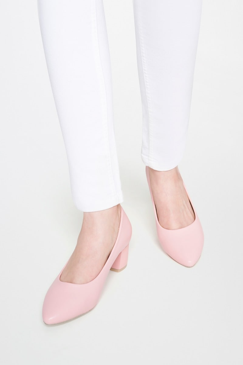 AND | Pink Block Heel Shoes