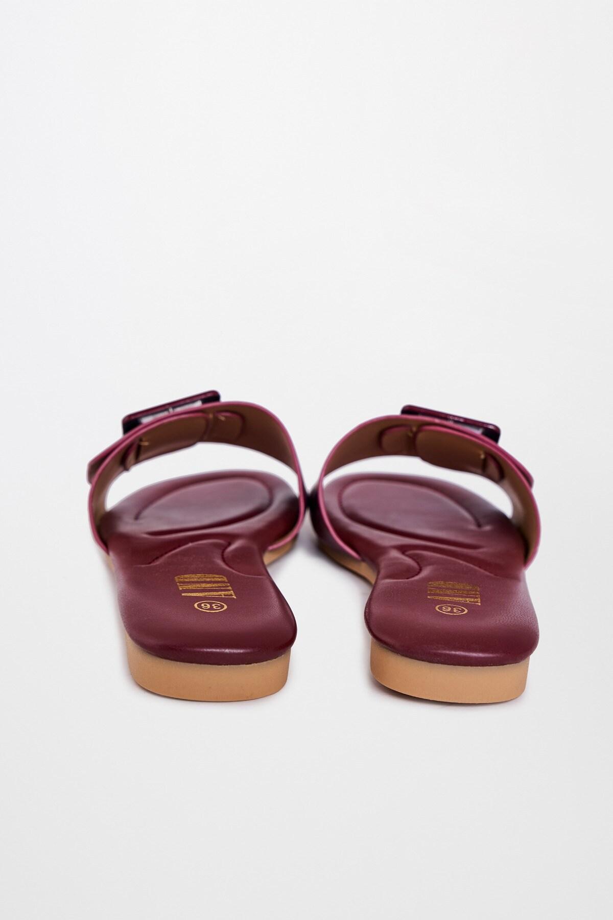 AND | Burgundy Flat Slip-ons