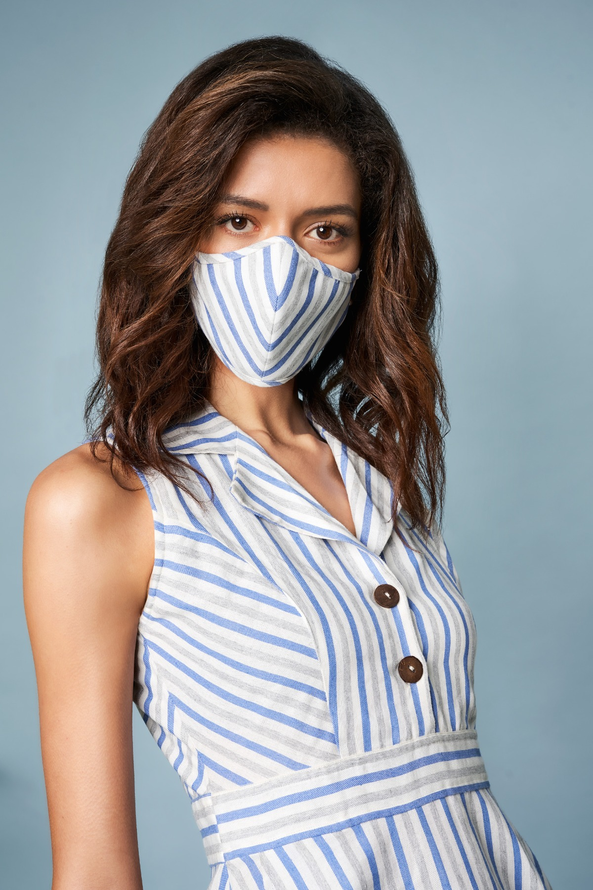 AND | Blue & White Mask With Pouch Combo