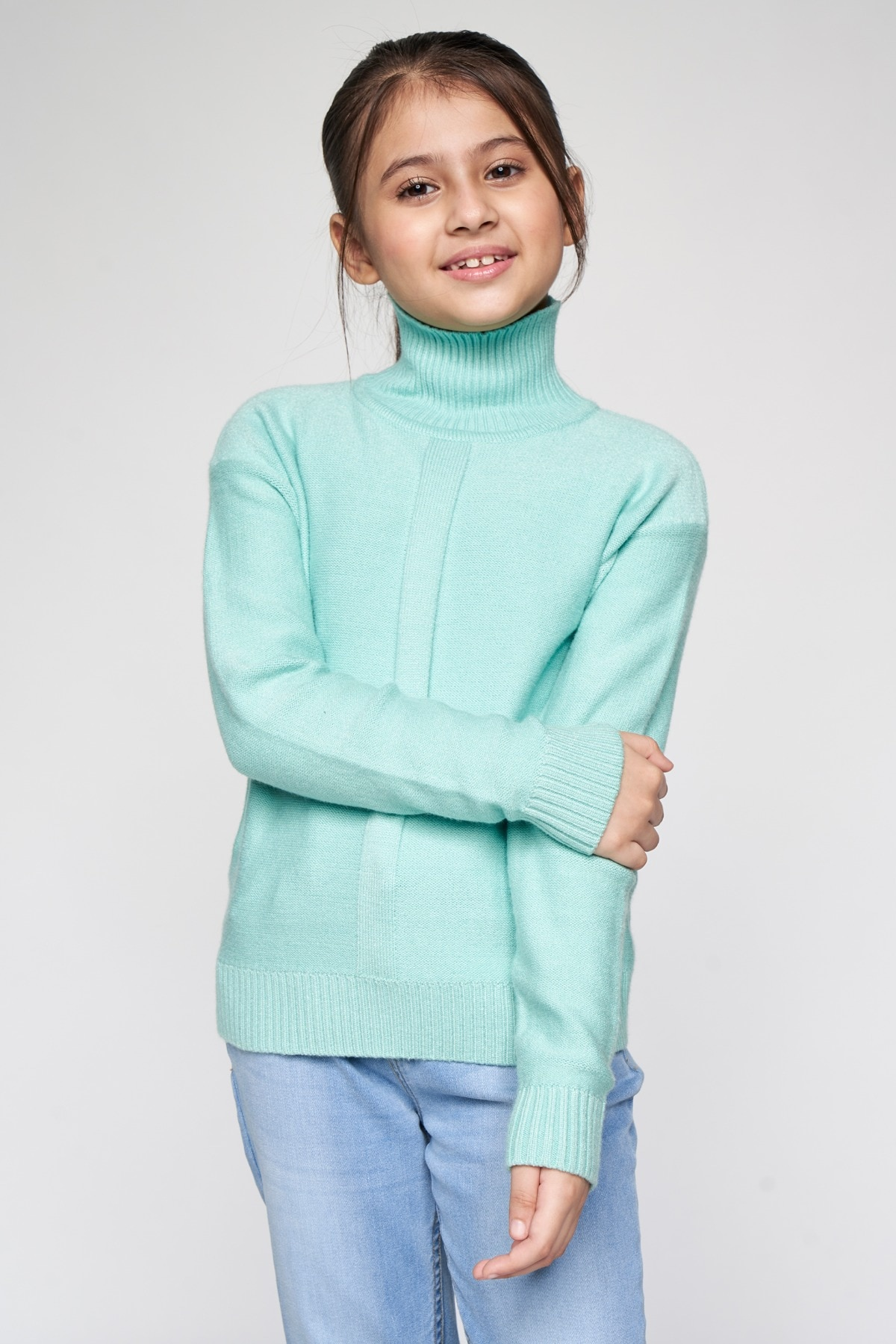 AND | Sage Green Solid Straight Top