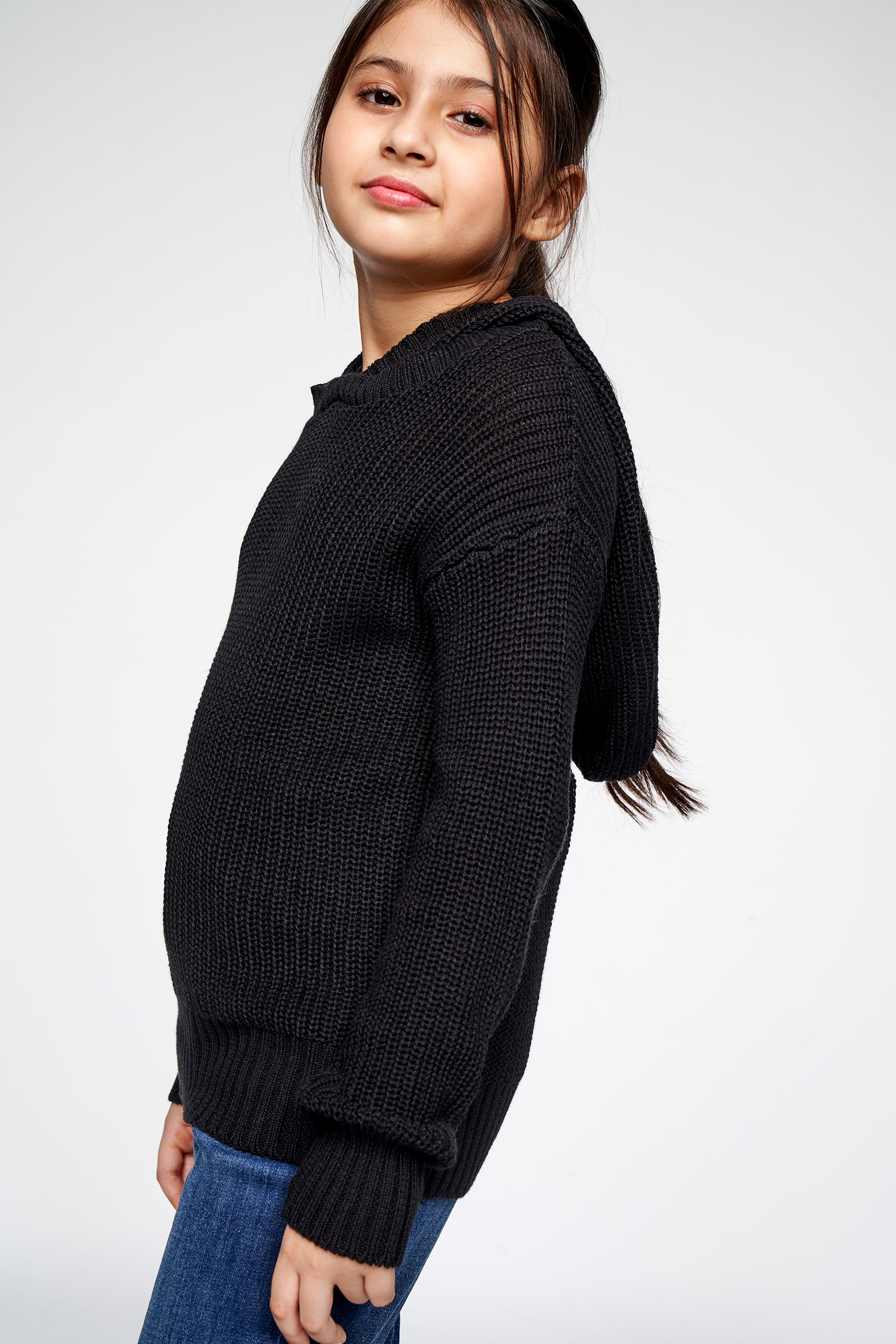 AND | Black Solid Straight Top