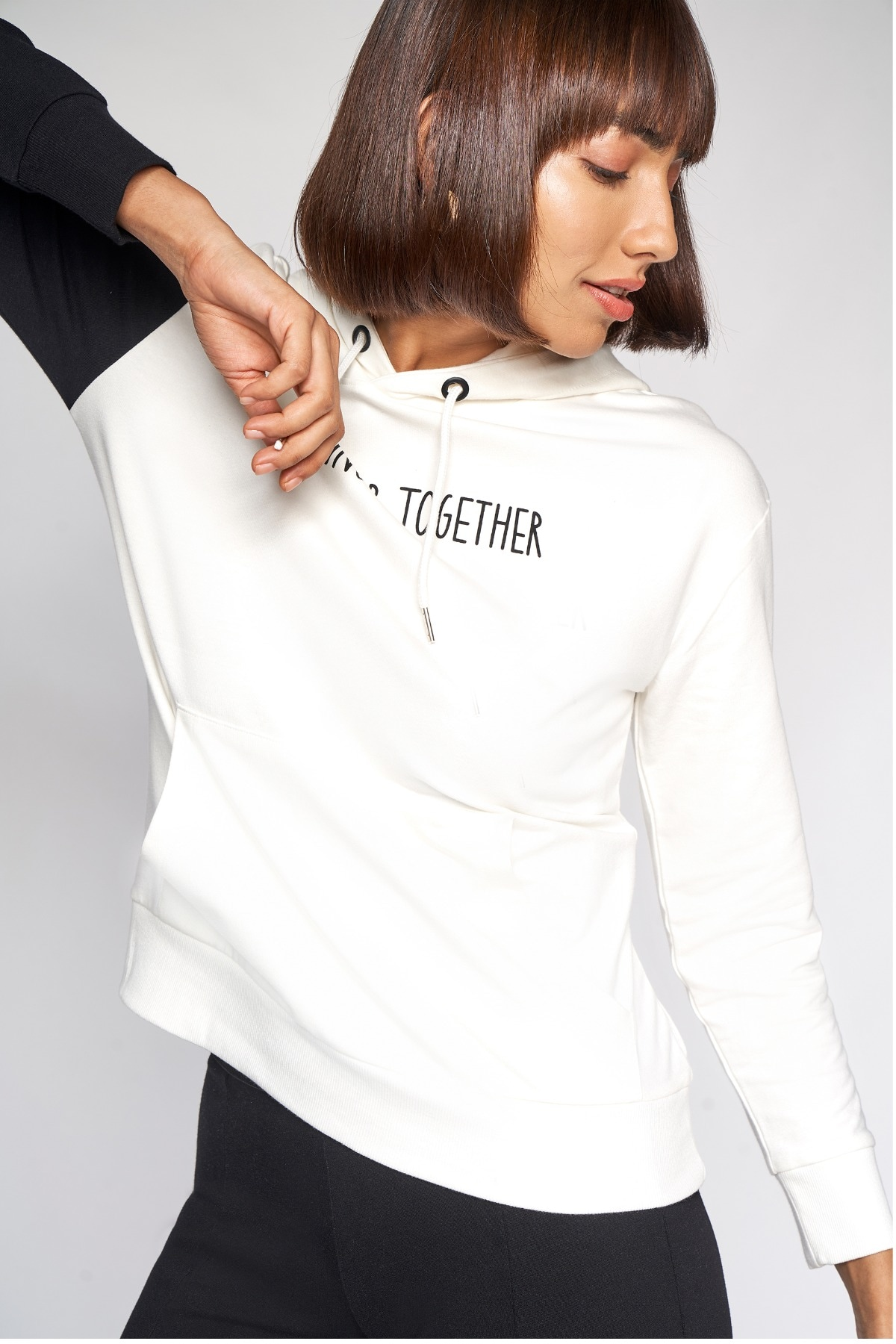 AND | White And Black Solid Sweater Top