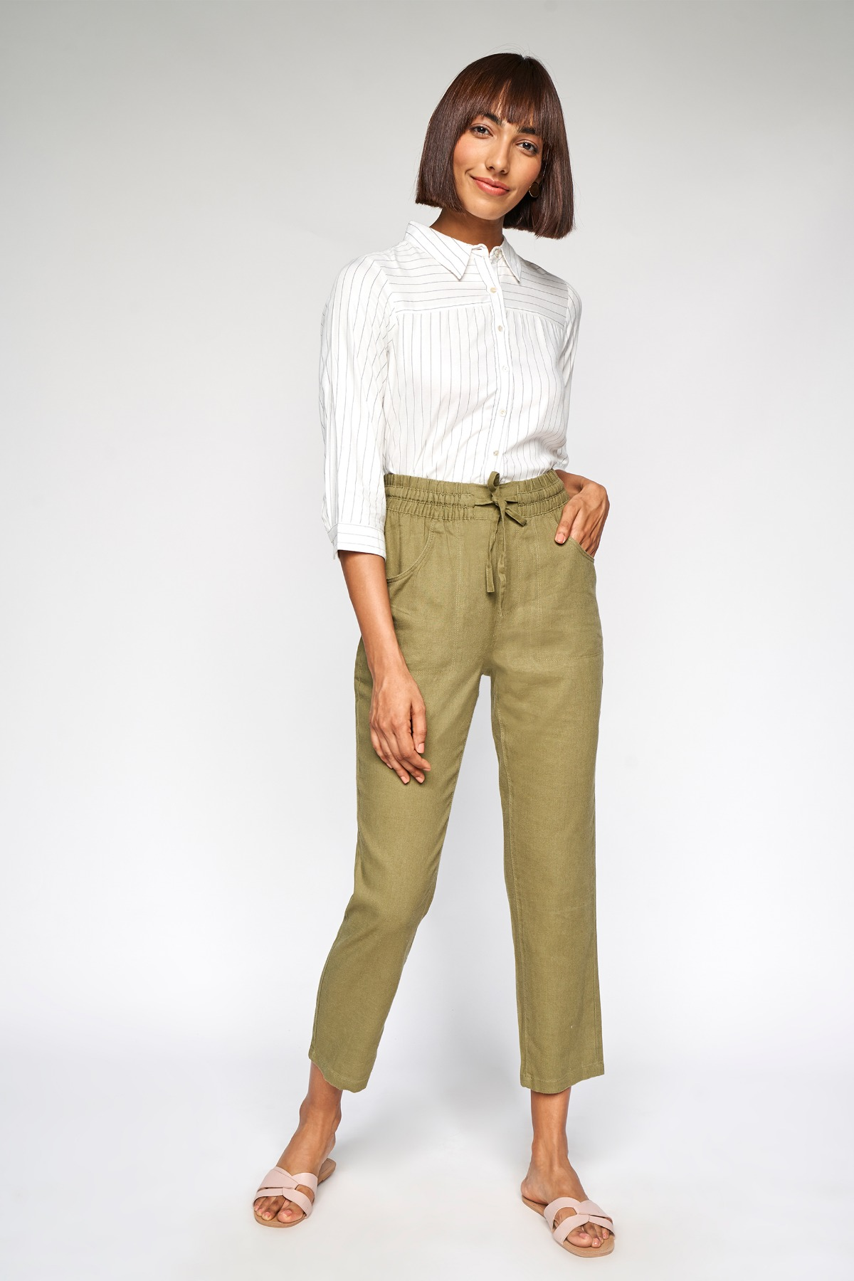 AND | Olive Solid Straight Bottom