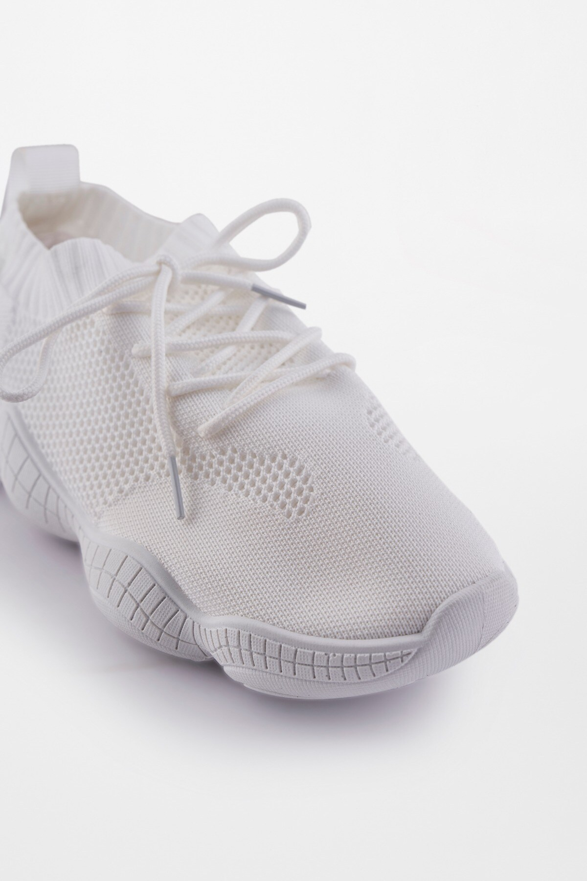 AND | White Shoes