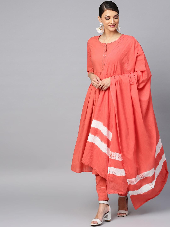 ANTARAN | Antaran Peach Solid Pleated Kurta & Pant With Tie & Dye Dupatta Set