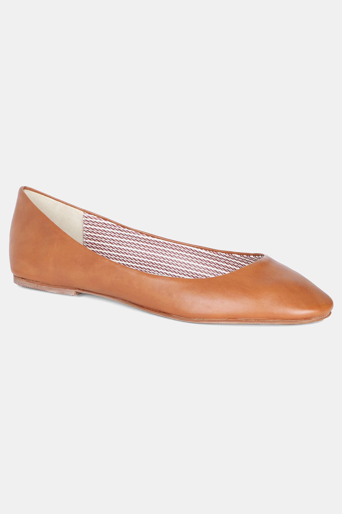 Aurelia | Aurelia Tan Round Toe Solid Flat