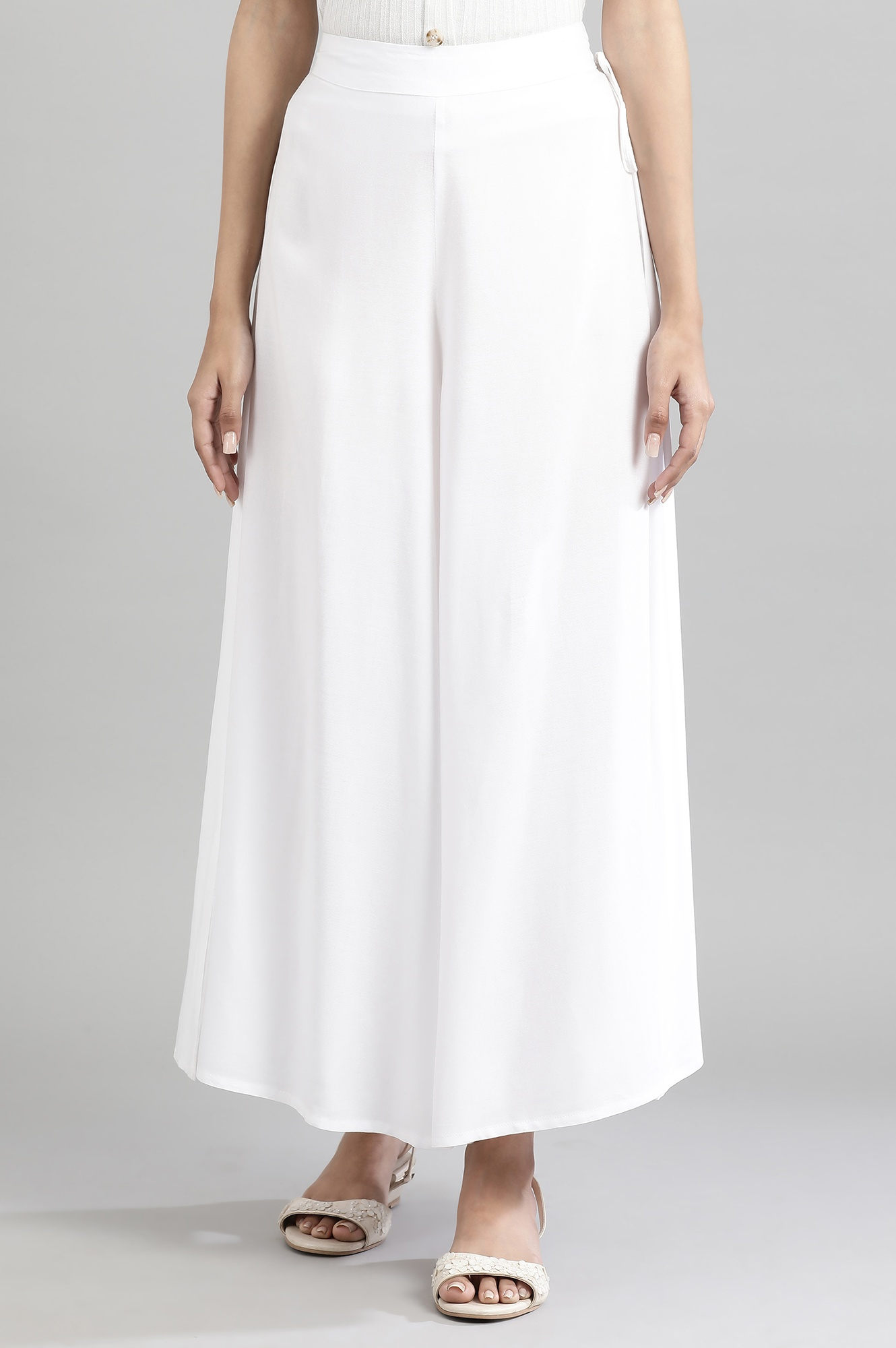 Aurelia | Off-White Solid Culottes