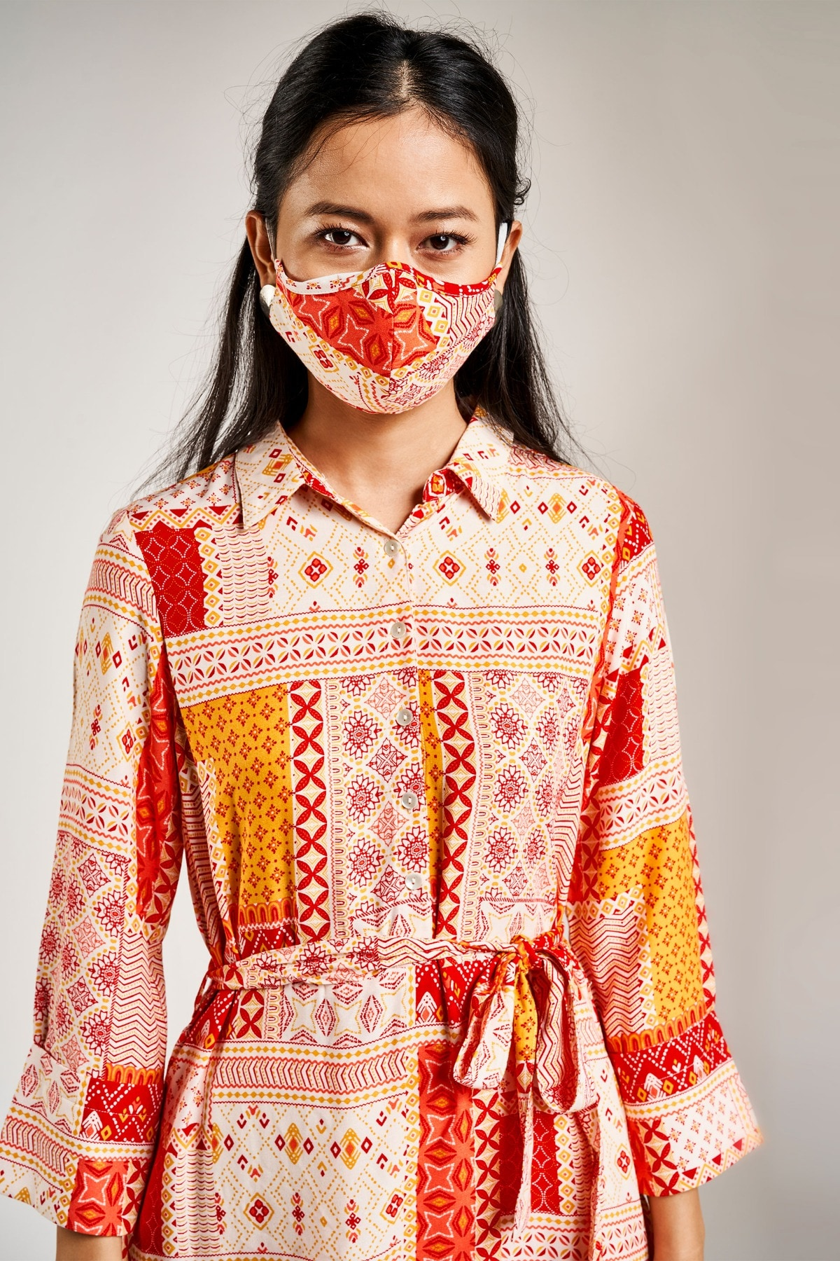 Global Desi | Red Printed Mask with Pouch Combo