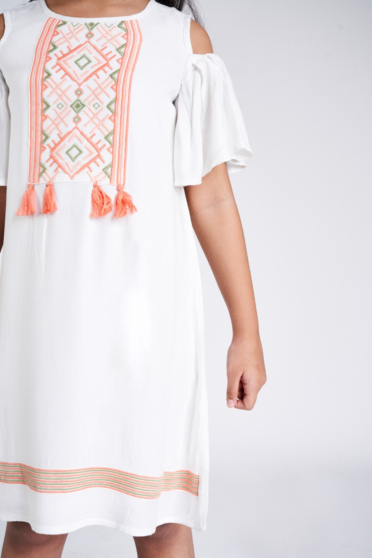 Global Desi | WHITE DRESS