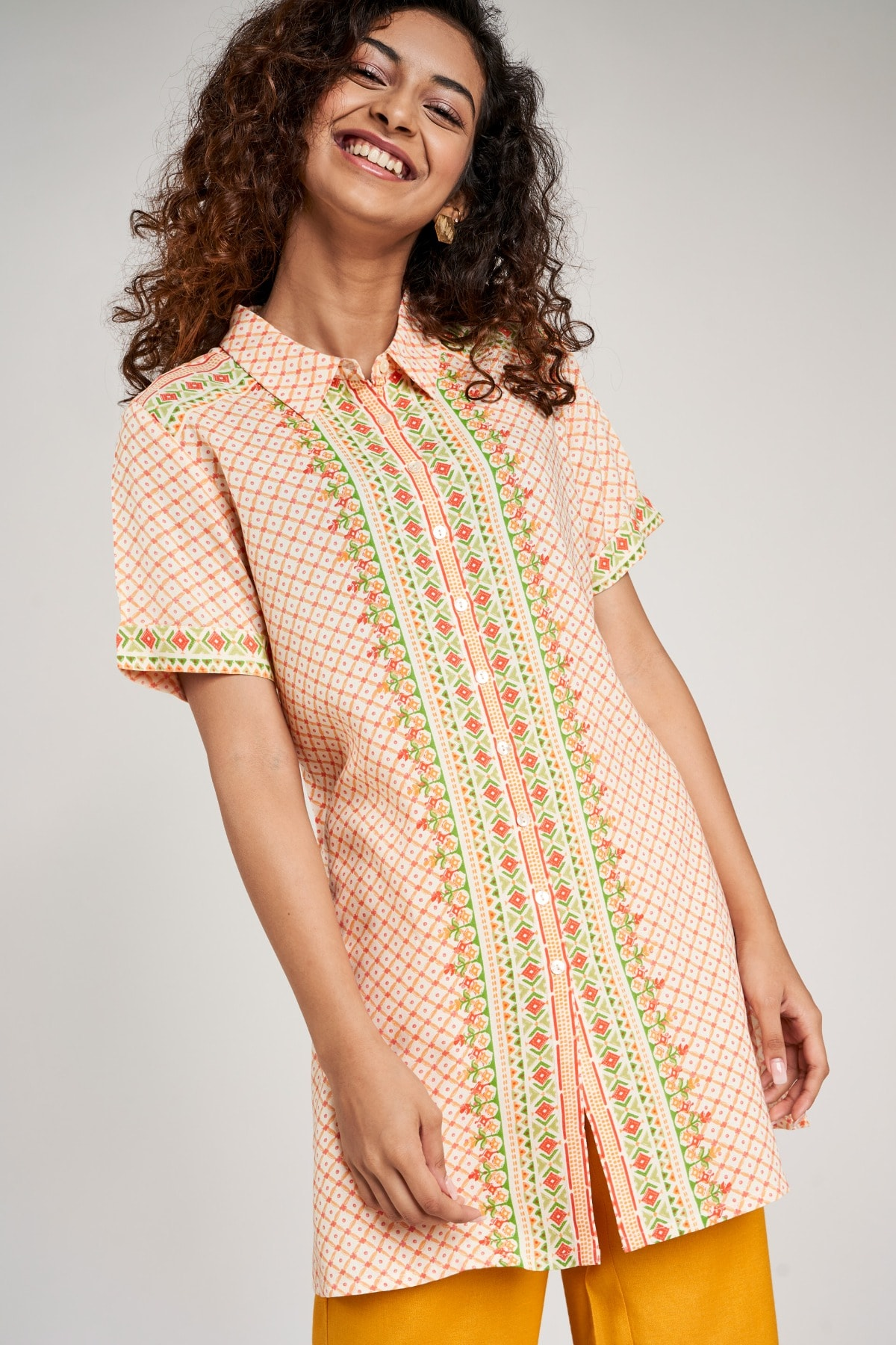 Global Desi | Off White Floral Printed Tunic