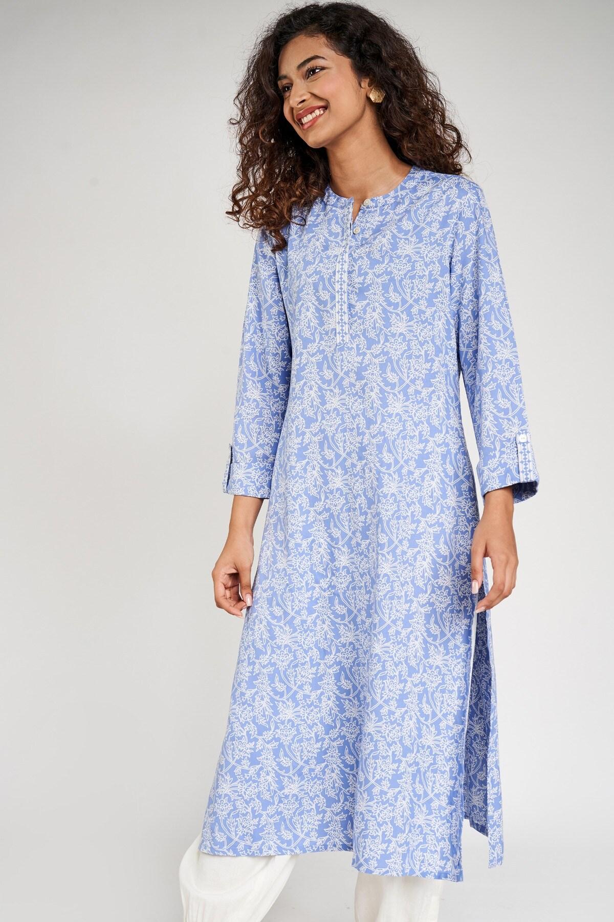 Global Desi | Blue Floral Printed Kurta