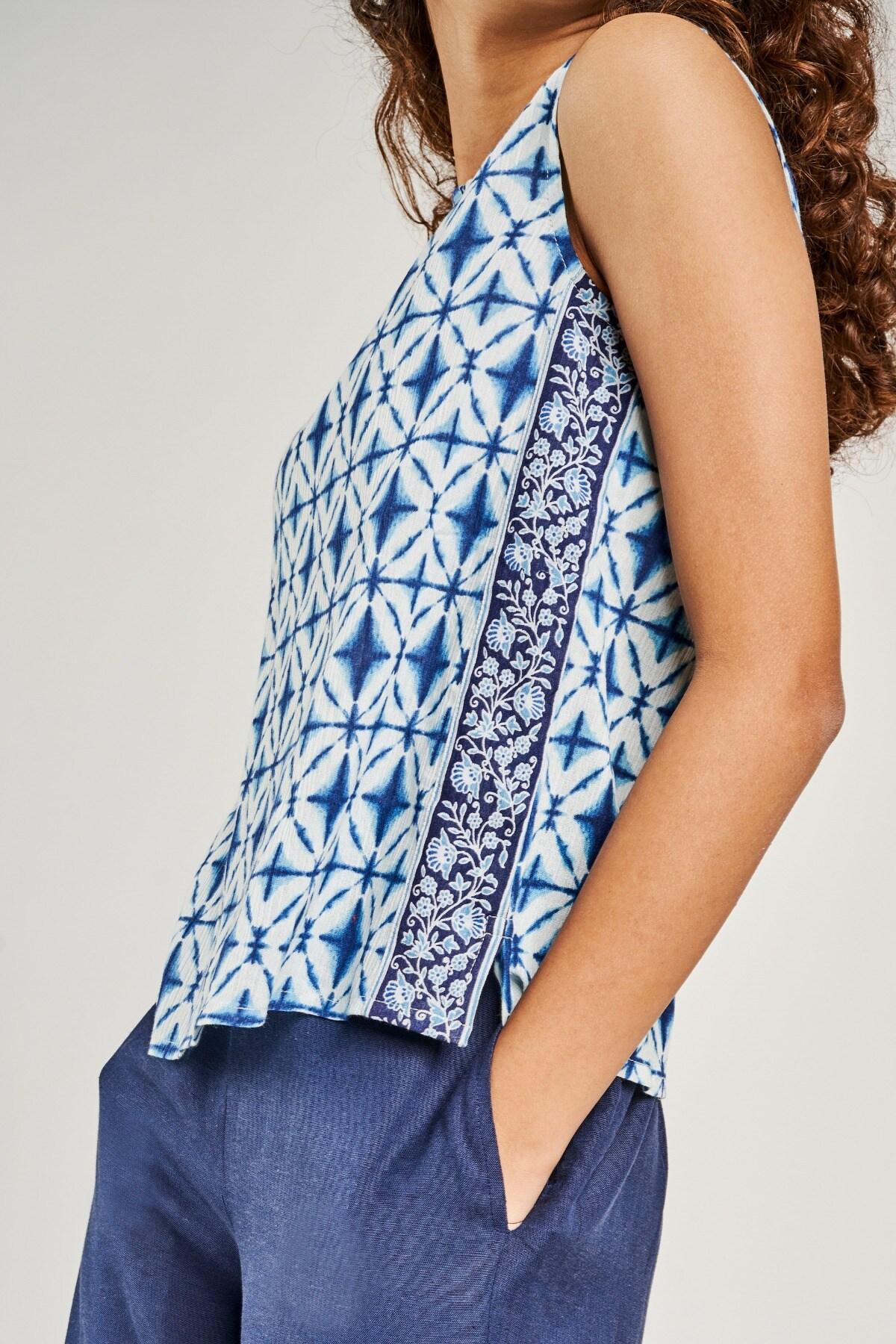 Global Desi | Blue Geometric Printed Crop Top