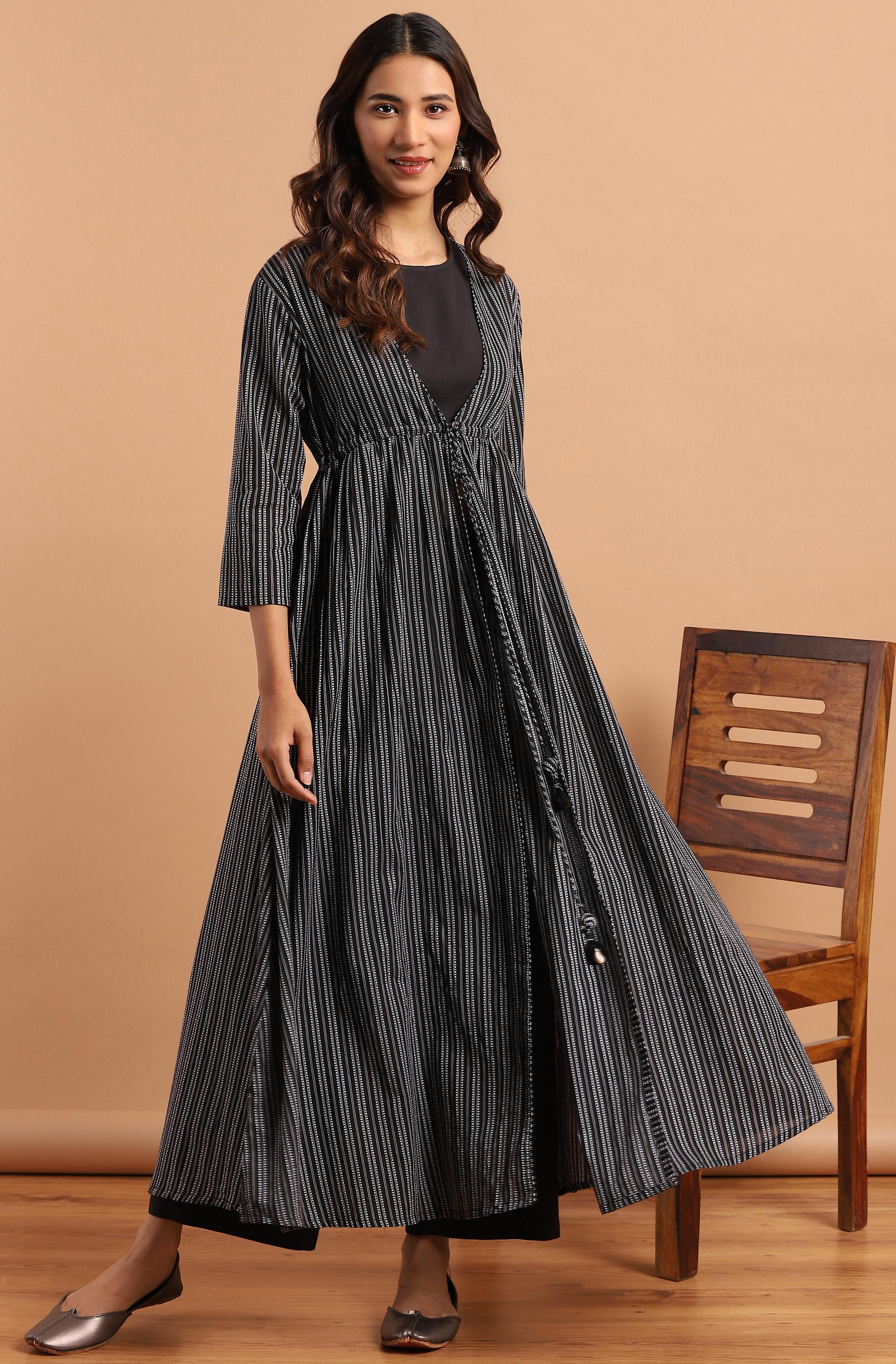 Janasya | Janasya Women's Black Cotton Flex Crop Top With Palazzo and Jacket