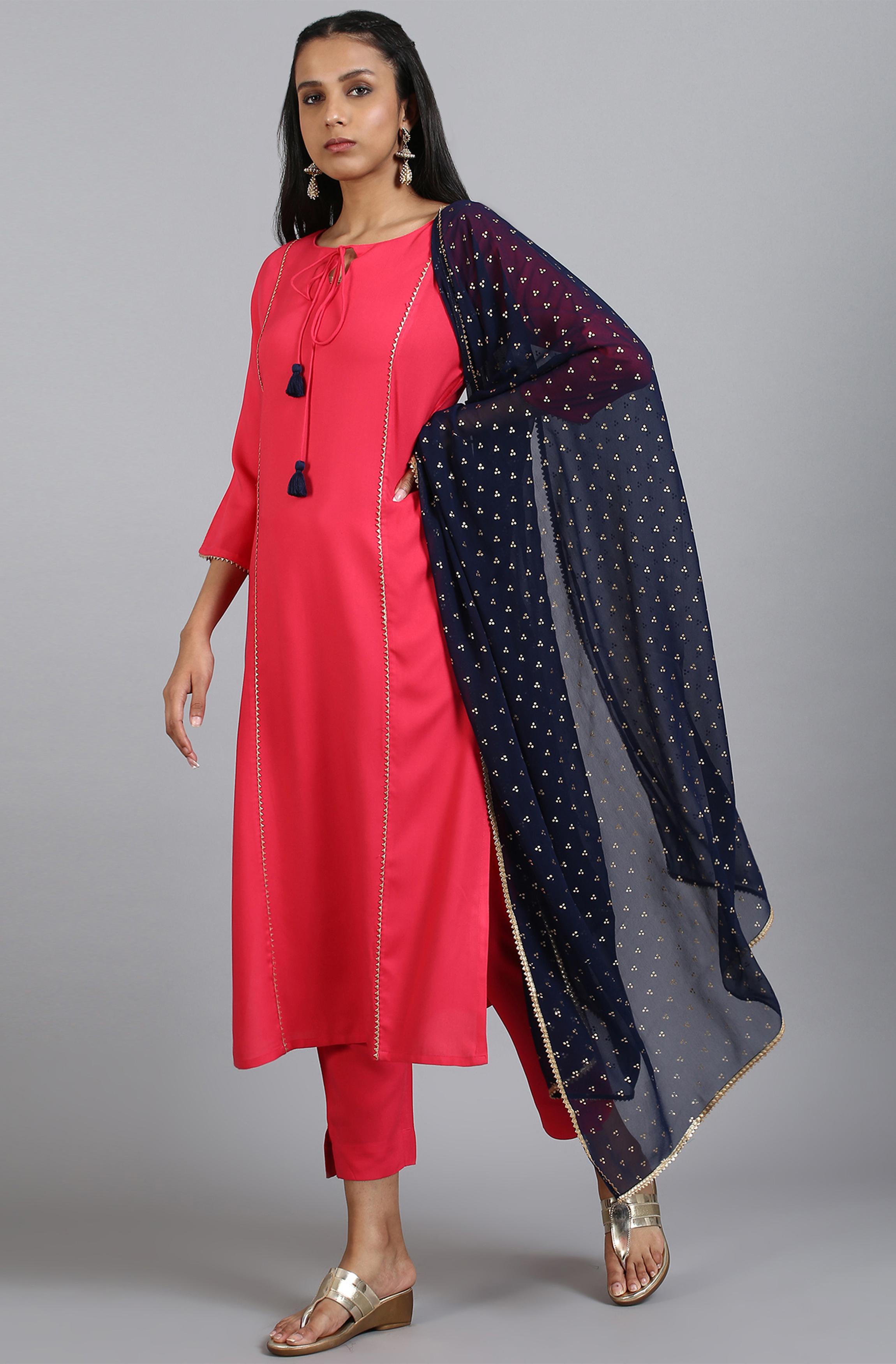 Janasya | Janasya Women's Pink Rayon Kurta With Pant And Dupatta