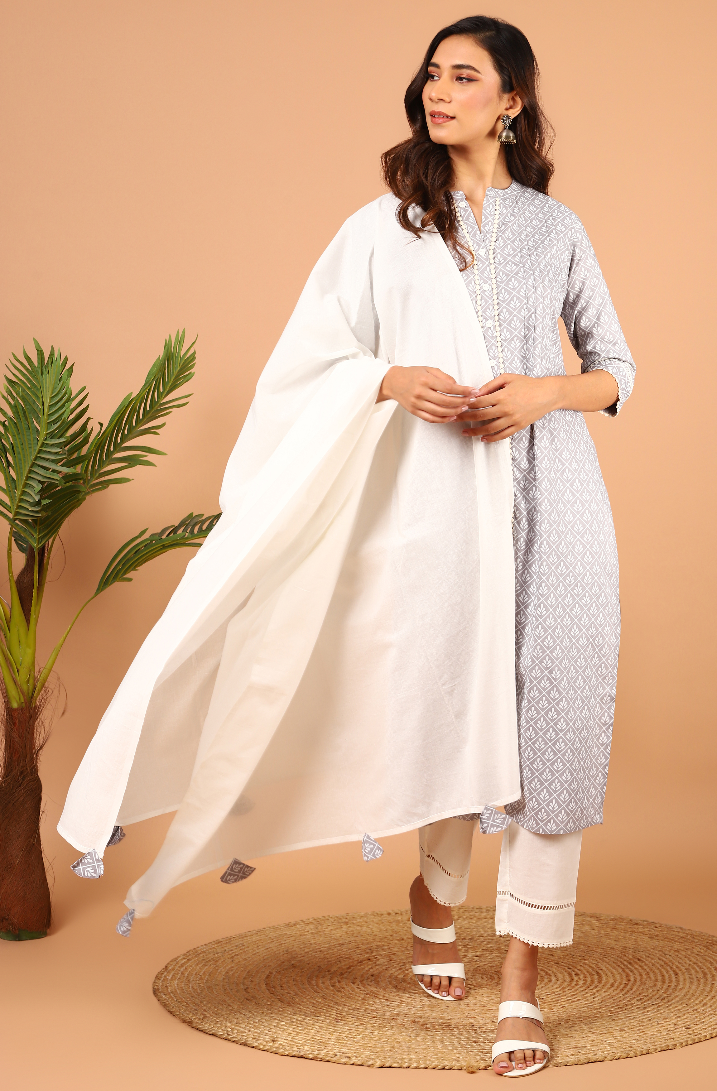 Janasya | Janasya Women's Grey Rayon Kurta With Pant and Dupatta