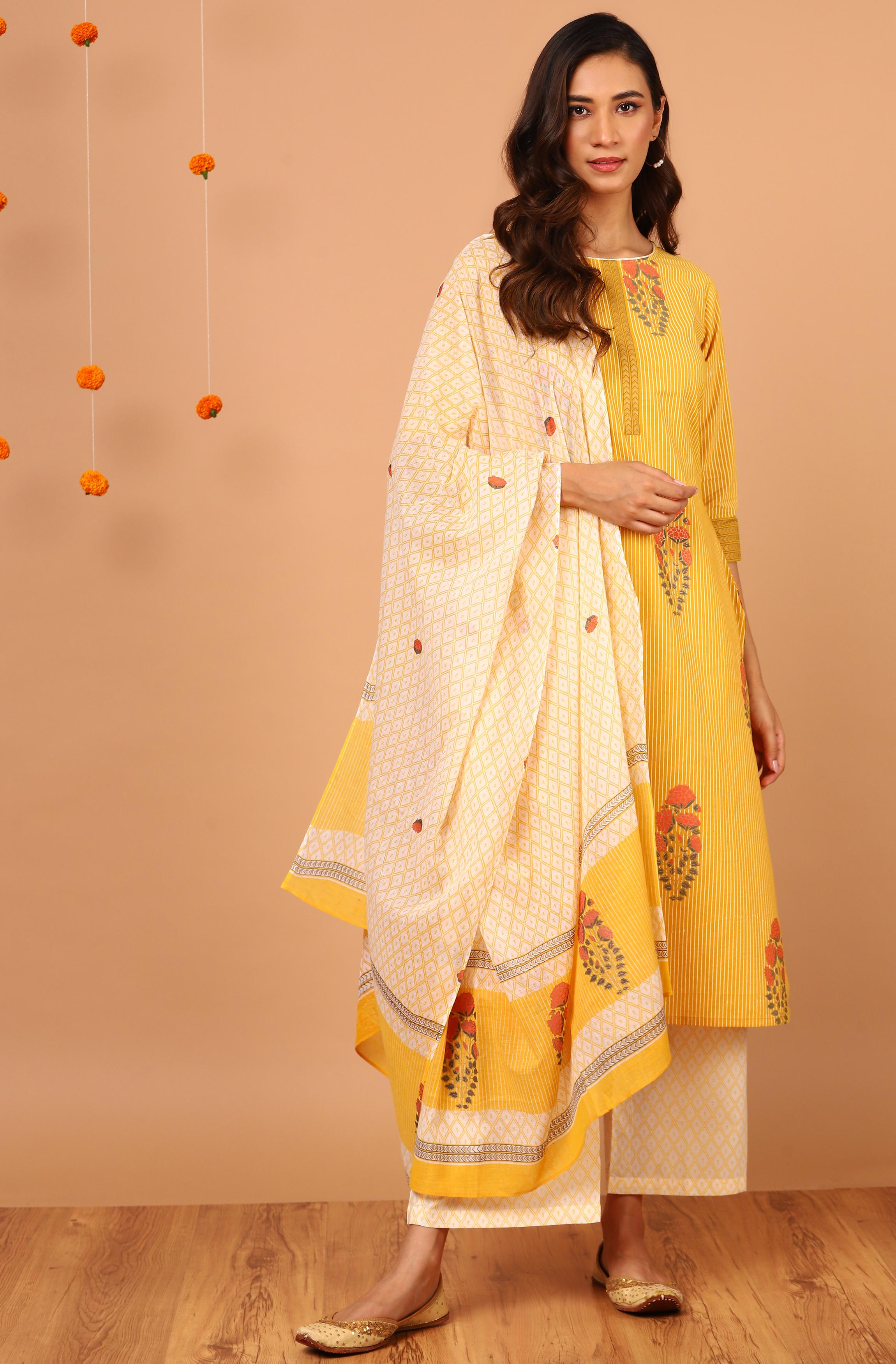 Janasya | Janasya Women's Yellow Cotton Kurta With Palazzo And Dupatta