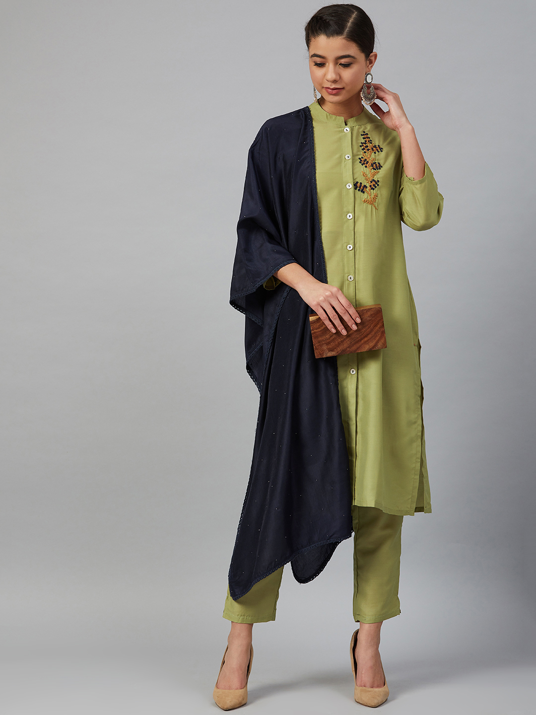 Jompers | Jompers® Women Green Cotton Silk Embroidered Kurta with pants and dupatta  set