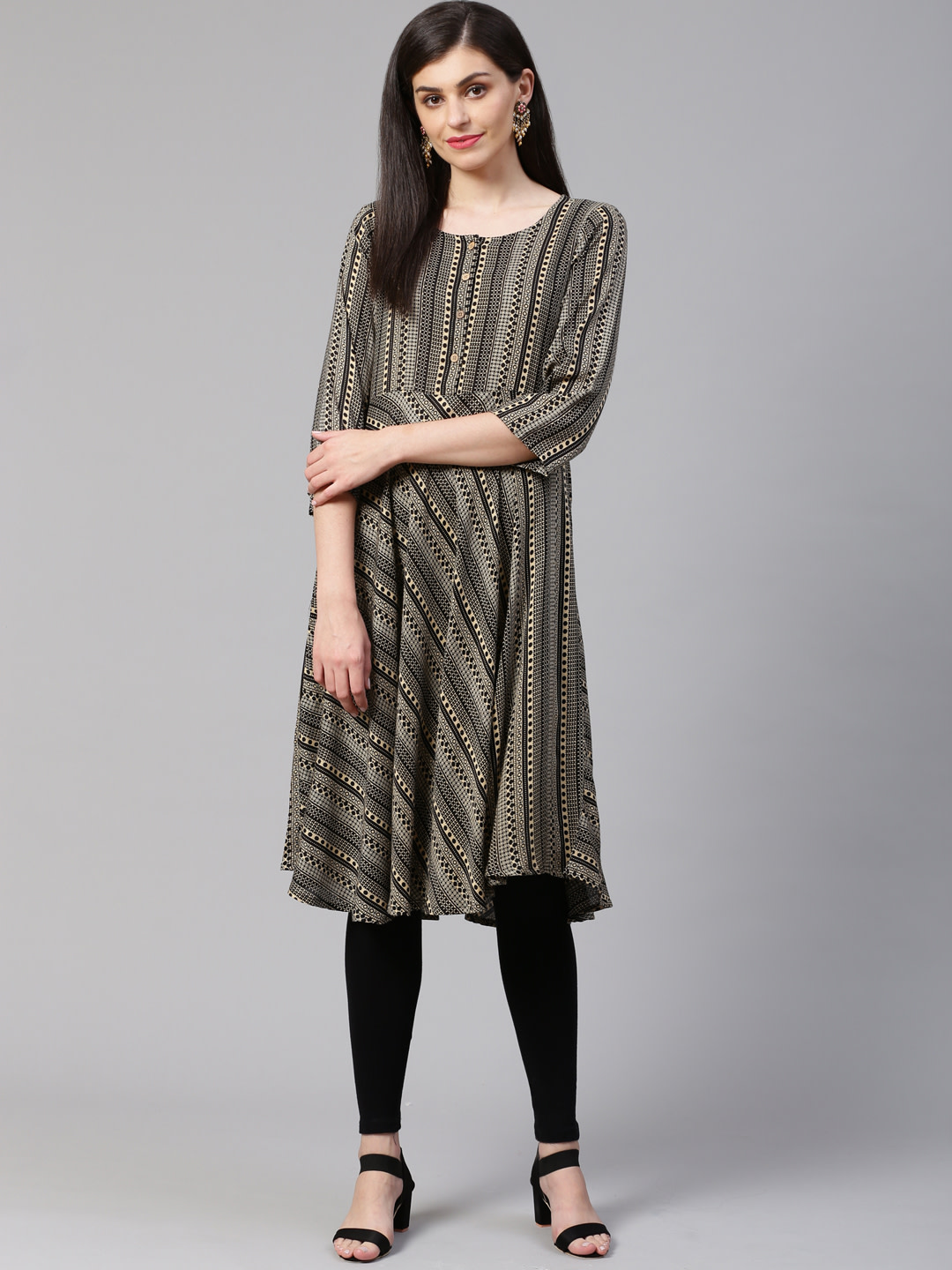 Jompers    Women Black and Beige Printed Flaired Kurta