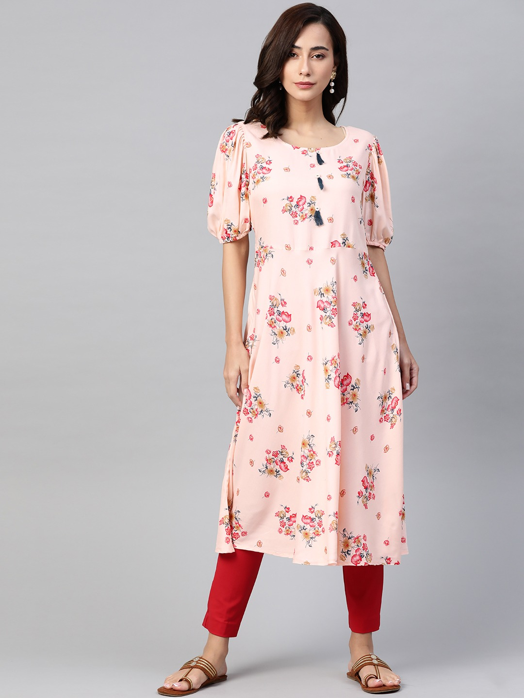Jompers   Jompers flared floral Print kurta with puff sleeves