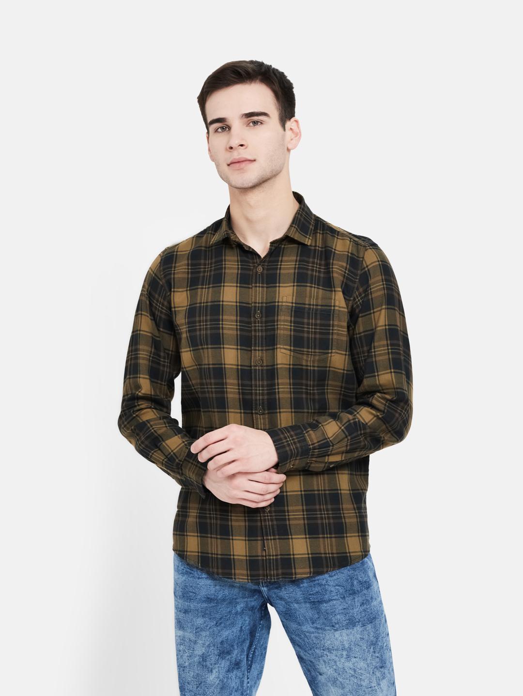 METTLE   Men MUSTARD Casual Shirts
