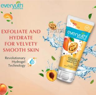 Everyuth Naturals   Everyuth Naturals Advanced Hydrating & Exfoliating Walnut Apricot Scrub