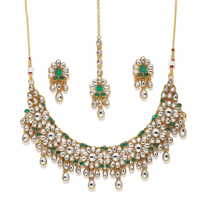 SUKKHI   Sukkhi Glorious Gold Plated Kundan Choker Necklace Set for Women