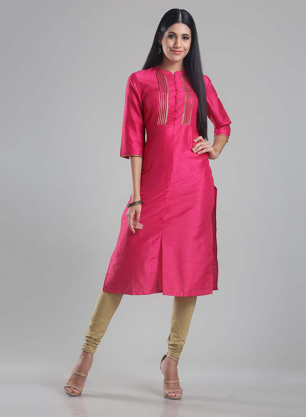 W   W Women Pink Color Kurta