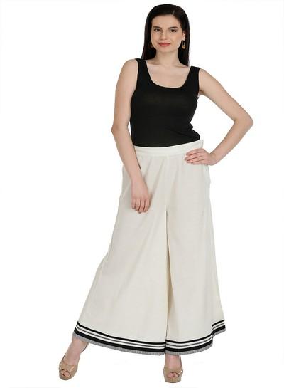 W   W Women White Color Cullotes
